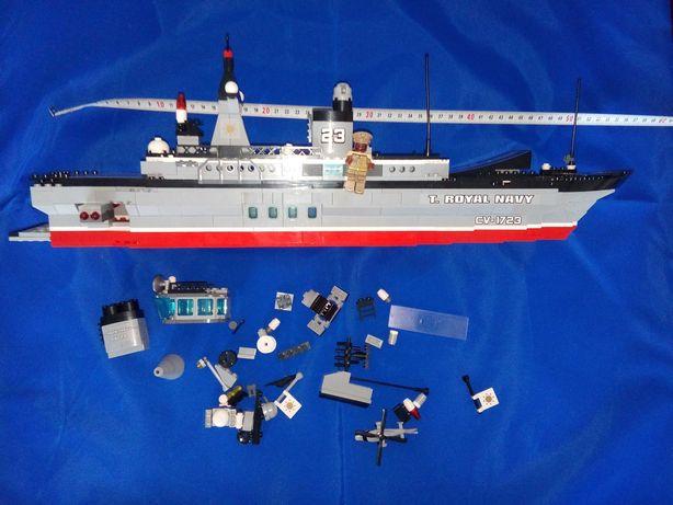 """Лего. Конструктор """"Qman"""" 1723 военный корабль."""