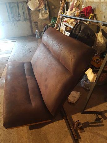 Продам удобный хороший мягкий диван в бус.снят с лт.