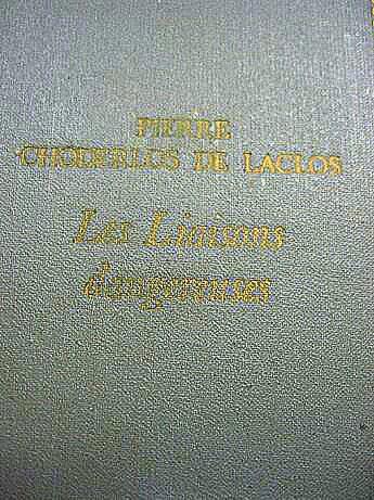 """Книга на французском языке """"Опасные связи"""", де Лакло П."""