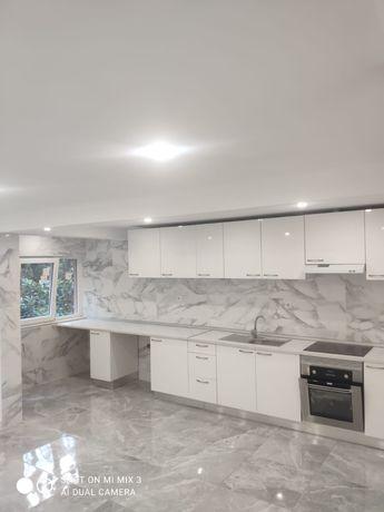 Vendo apartamento Em Rinchoa ,T3 com 2 casas de banho , remodelado