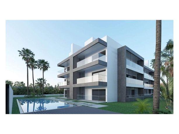 Apartamento T2 situado num Condomínio Fechado - Faro