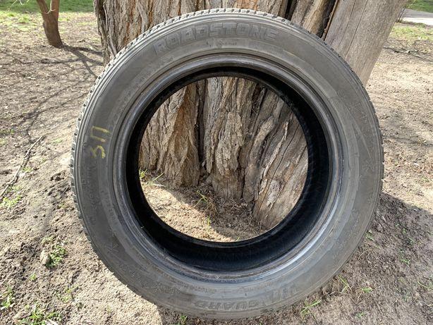Продам зимнюю резину roadstone(nexen) winguard 215/55/17