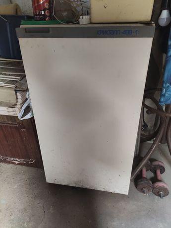 Холодильник рабочий