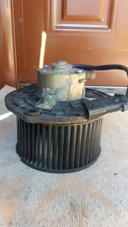 Мотор вентилятора печки Ваз2110.