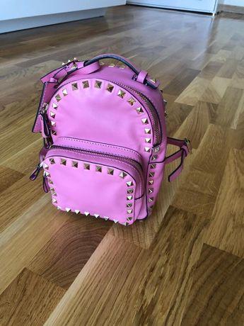 Рюкзак Valentino.