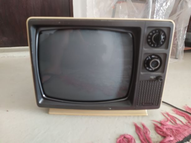 Tv vintage 12v/220v