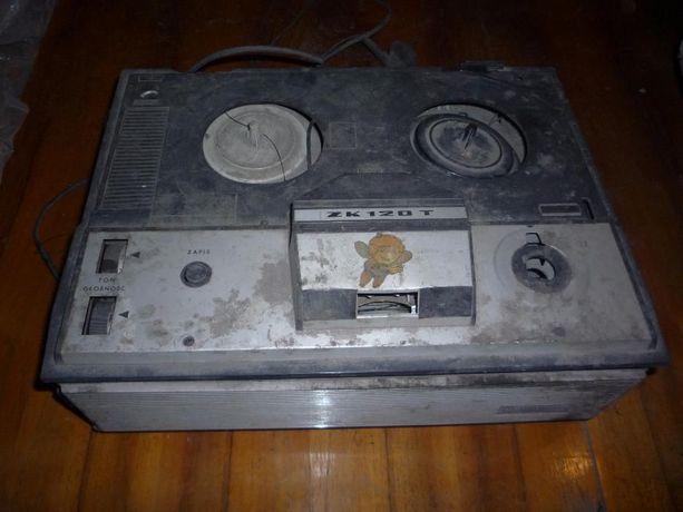 sprzedam stary magnetofon szpulowy ZK120T