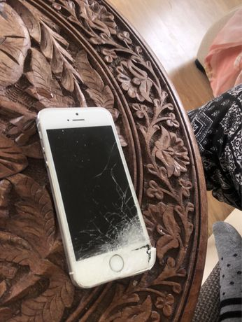 Iphone 5 s uszkodzony