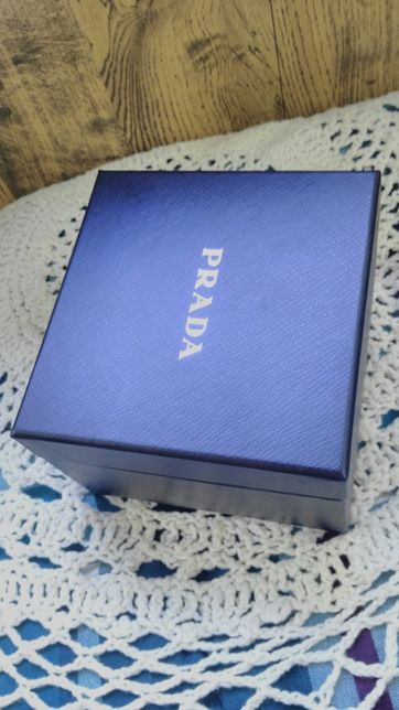 Коробка брендовая- Prada, оригинал