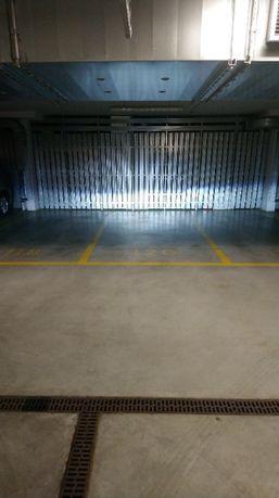 Mam do wynajęcia miejsce postojowe w garażu podziemnym Gieysztora 4