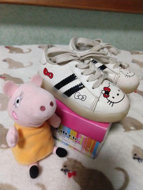 Светящиеся кроссовки Hello kitty