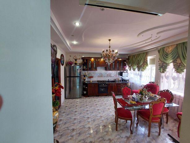 Терміновий продаж - Будинок біля софіївки на Слобідській