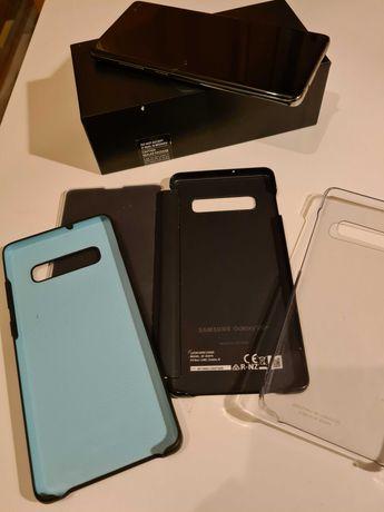 Samsung Galaxy S10+ plus.