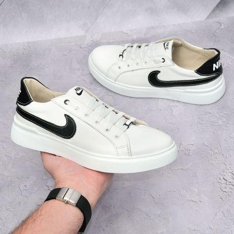 кроссовки  Nike кожанные