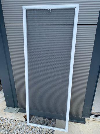 Moskitiera okienna na wymiar, ramka aluminiowa, do okien PCV