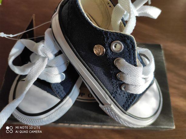 Nowe tenisówki Dunlop, buty unisex, rozm. 19, C3 z UK