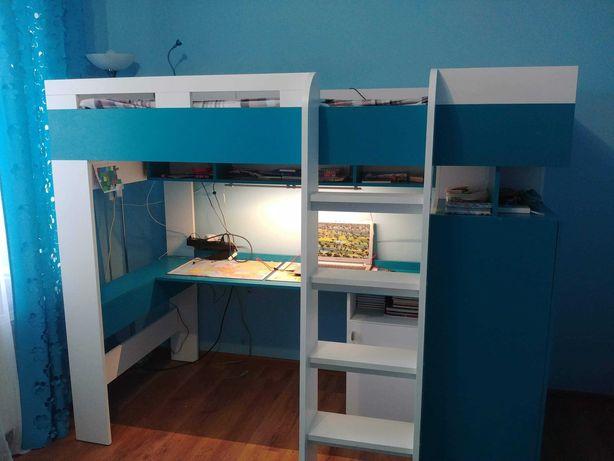 Łóżko piętrowe z biurkiem, półkami i szafą