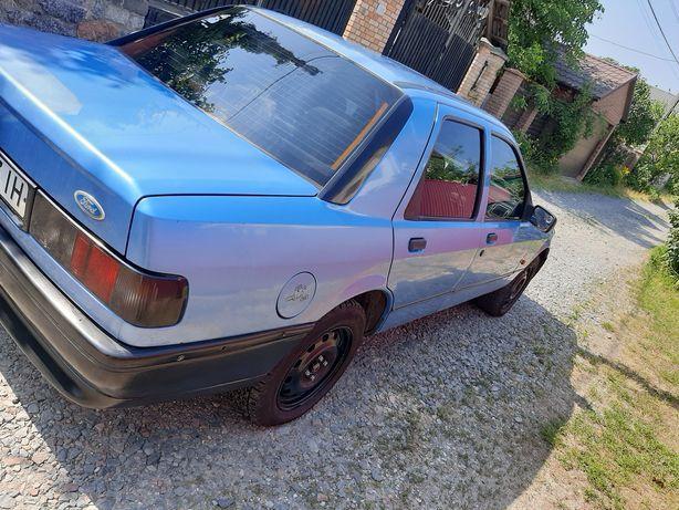 Форд Сиерра 1992 года