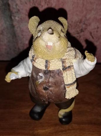 Статуэтка Мышонок с шарфом, Англия