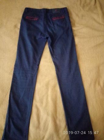 Продам катонові штани на хлопця 13-14 років
