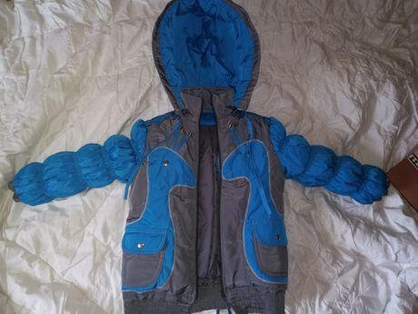 Новая Куртка 104-110 см 3-4 года весна - осень