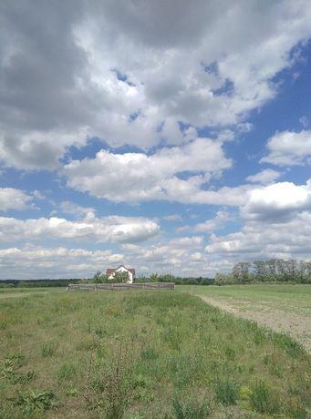земля 25 сотк с. Гавронщина 35 км от Киева под строительтво дома