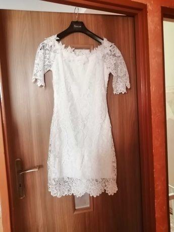 Sukienka z dzianiny
