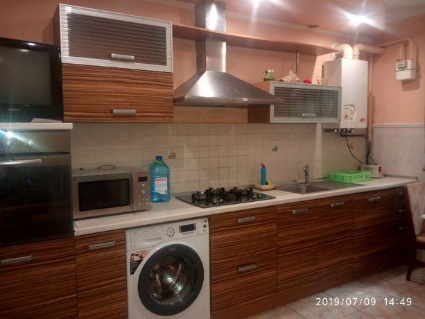 Сдам длительно 2-х комнатную квартиру на Пишоновской