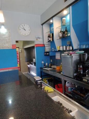 Passa-se café em Custóias