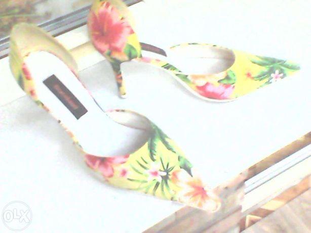 """красивые летние туфли,текстиль,""""шпилька"""" 9см,импорт,37 и 39 р-р"""