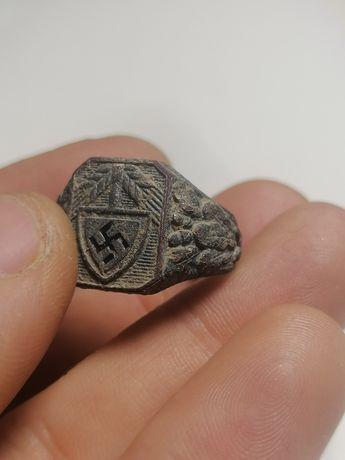 Sygnet niemiecki rad pierścień kantynowy ring