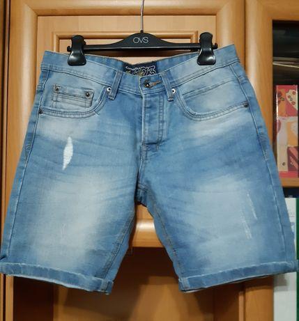 Джинсовые шорты размер 46.