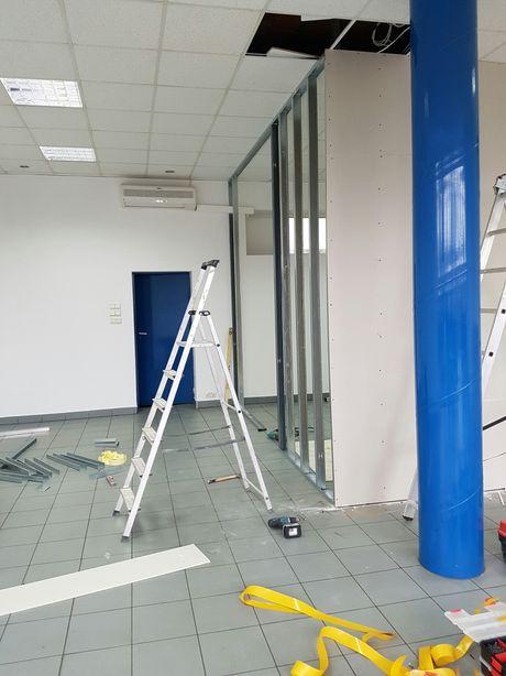 Remonty montaż drzwi scianki dzialowe szpachlowanie malowanie panele