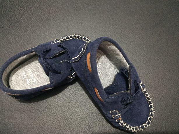 Sapatos chicco tamanho 17