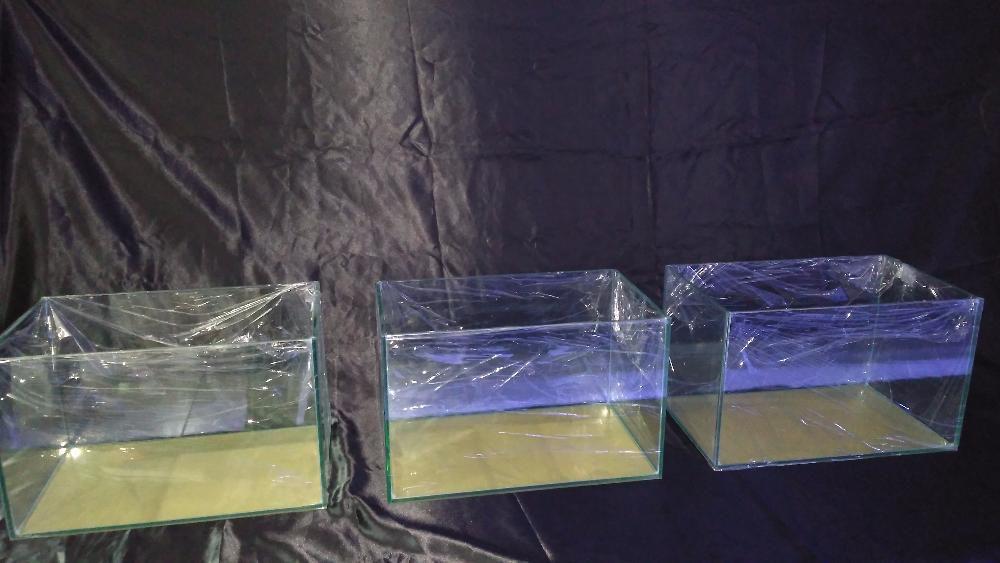Aquario 40x25x25 em vidro 6mm novo