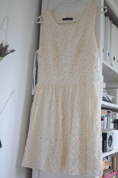 koronkowa sukienka Dębica - image 1