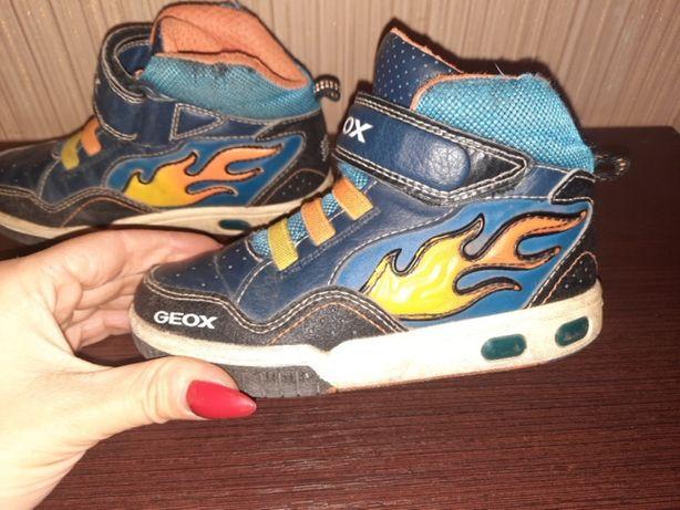 Ботинки сапоги кроссовки