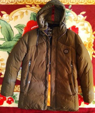 Куртка зимняя, подростковая, тёплая.