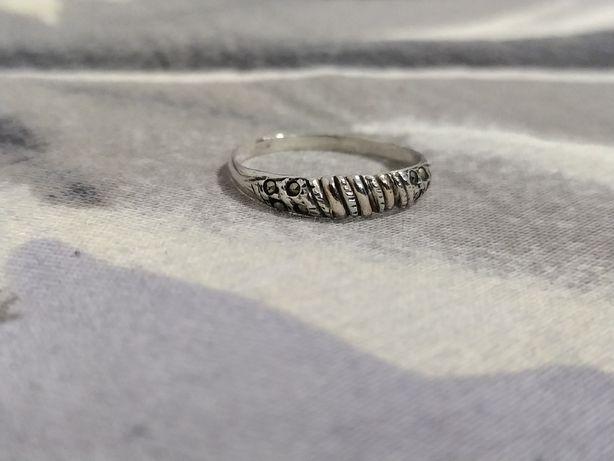 Anel prata antigo