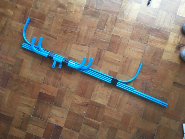 Bengaleiro peças tipo 'charriot', preto ou azul