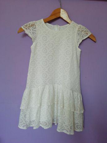 Dziewczęca sukienka 134-140