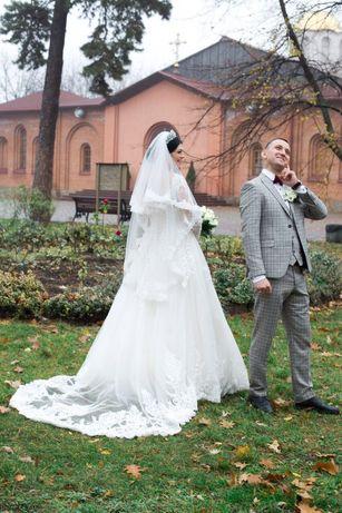 Свадебная фота,двухслойная кружевная с вышивкой,цвет Айвори