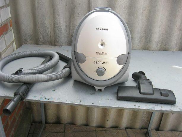 Продам пылесос Samsung