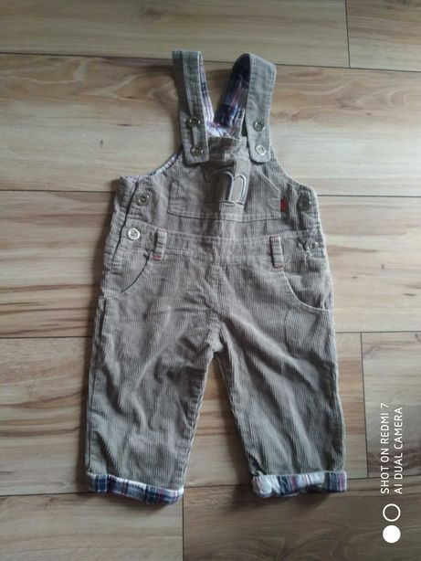 Spodnie ogrodniczki dla dziecka