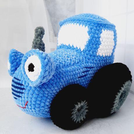 Іграшка синій трактор