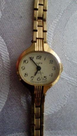 Zegarek pozlacany ZARIA