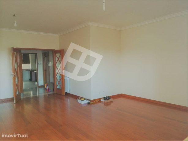 Apartamento T3 Aradas