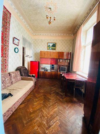 Продам (ЮЖД) 2 смежных комнаты в коммун. квартире.