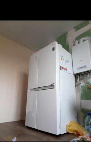 Холодильник, LG новий