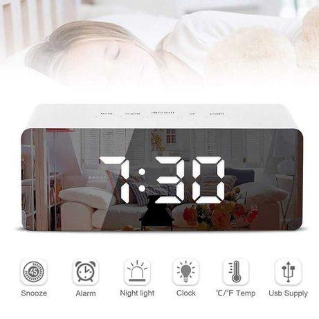 часы LED светодиодные зеркальные с будильником и термометром